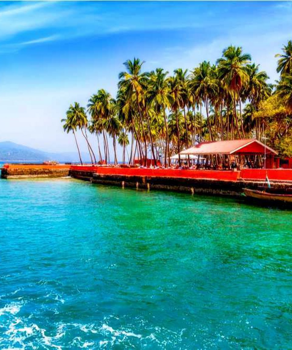 Travel De Andaman Ross island